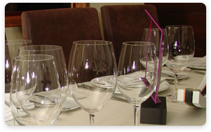 Venezuela Fine Dining Restaurant - Alto - Wine glasses at table